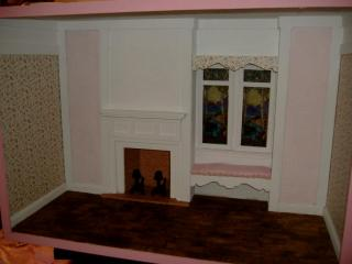Barbie Scale roombox by Greenleaf