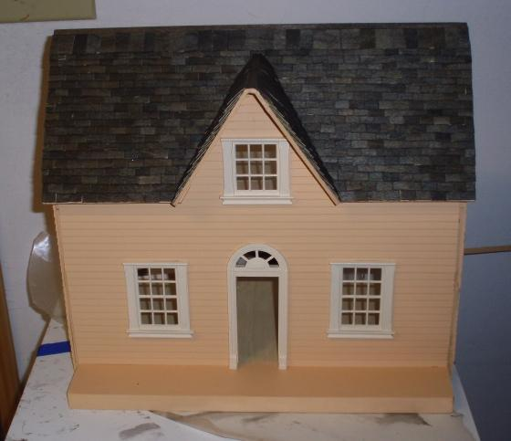 Puzzle house (half scale) - shingled