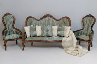 Gloucester in Green Parlor Set
