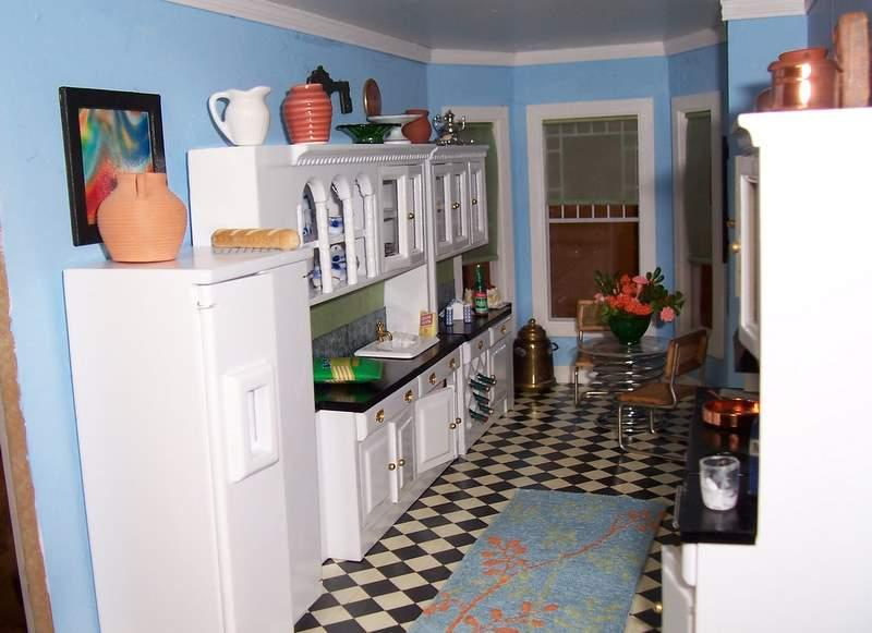 My thoroughly modern bachelor kitchen
