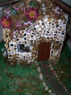fairies house 002.jpg