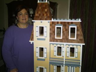 Colleen's granddaughters' dollhouse - Allision Jr