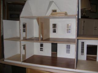 new dollhouse 003.JPG