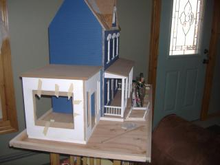 new dollhouse 001.JPG
