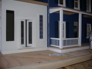 new dollhouse 004.JPG