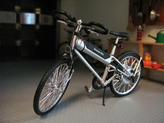Mercedes Benz Hybrid Bike 1:12 scale