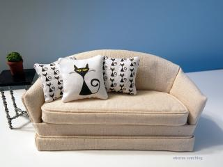 Retro cat pillows in singles and pattern