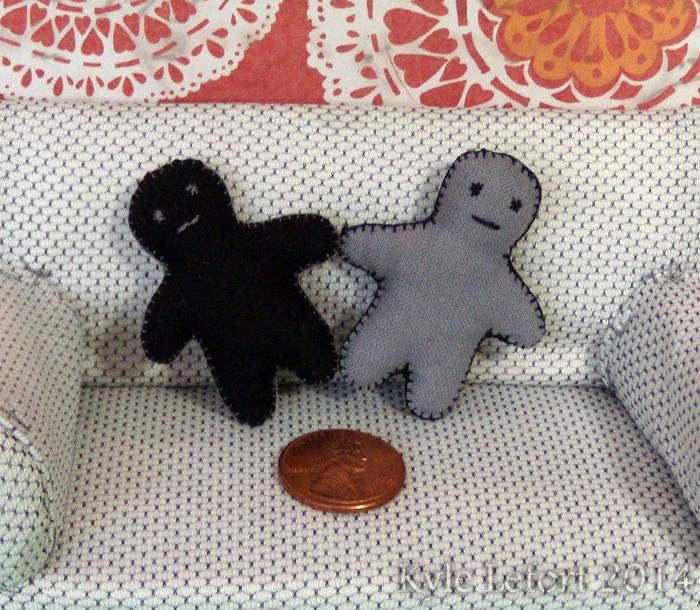 Double sided black And gray miniature doll plush pillow friends