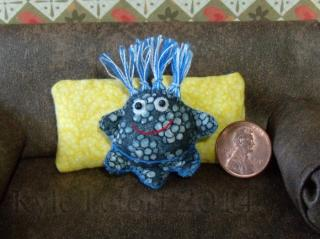 mini blue 3 Leg plush friend