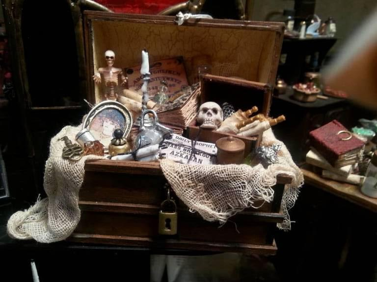 Witch memory trunk