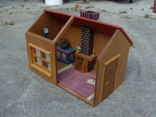 cabin dollhouse inside - Before