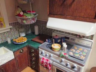 Christmas Kitchen in a Breadbox