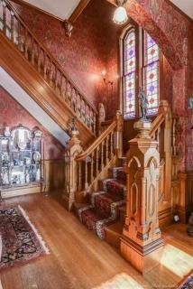 Most beautiful grand staircase I've ever seen!