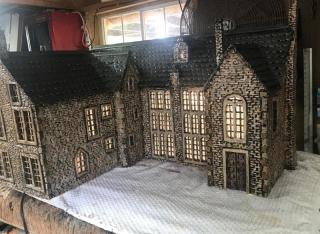 G scale Chavenage House with lights